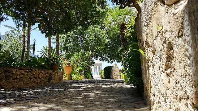 Mallorca-Son-Marroig-Pavillon-Weg-Steinweg