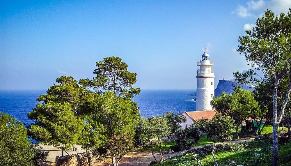 Mallorca-Port-de-Soller-Leuchtturm-Far-del-Cap-Gros-3-1000x570