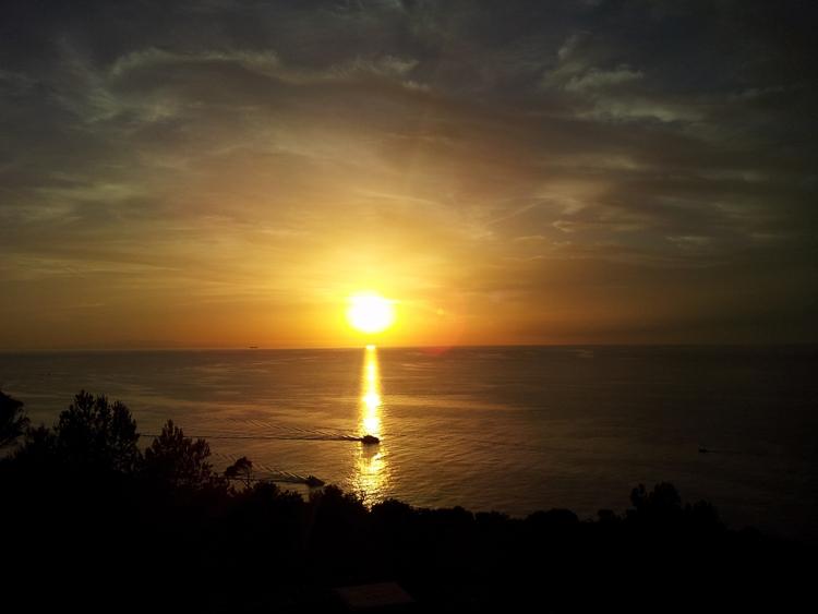 Port-de-Soller-Sonnenuntergang-Schiff-Meer