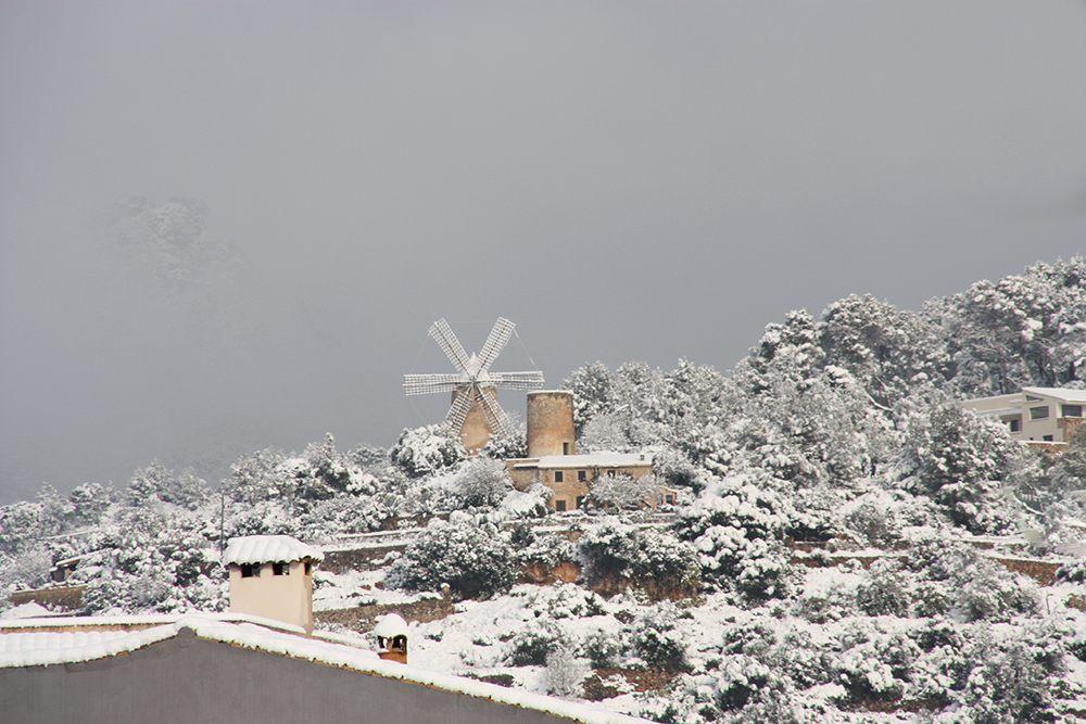 Andratx-Schnee-Windmuehle