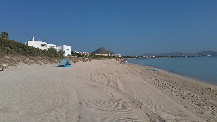 Mallorca Platja-de-Muro-Strand-Meer