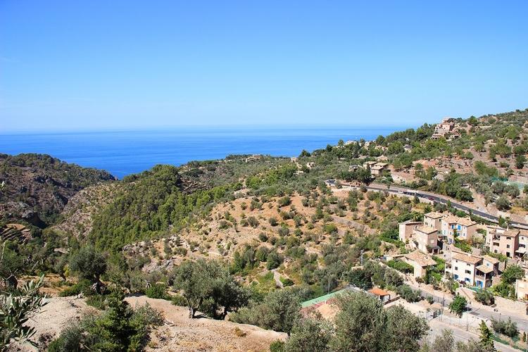 Mallorca-Blick-Deia-Meer