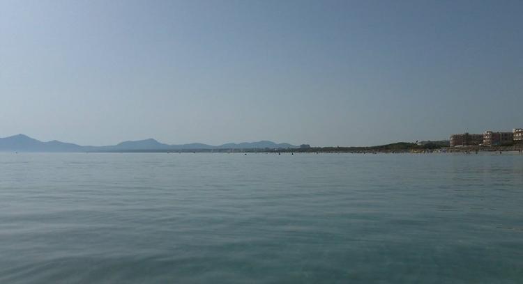 Mallorca-Playa-de-Muro-Meer