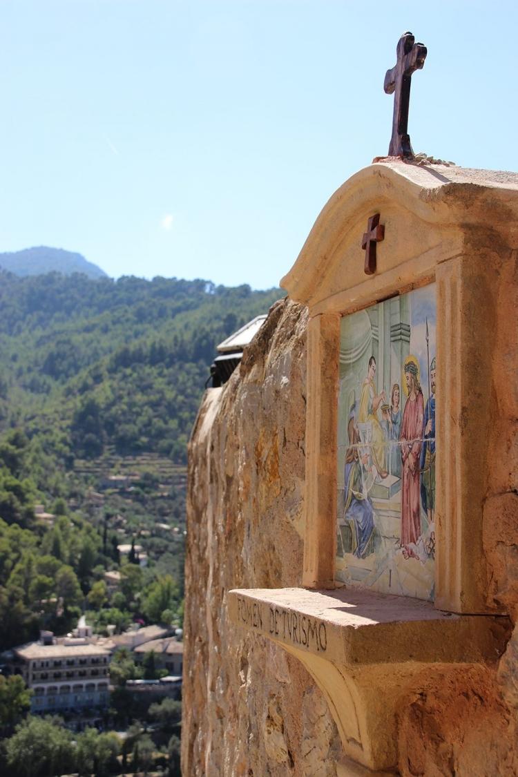Mallorca-Deia-Kirche