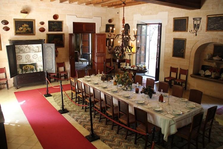 Mallorca Els-Calderers-Esszimmer-Tisch