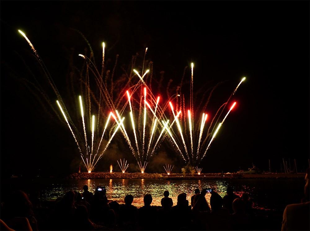 Mallorca-Can-Picafort-Maria-Himmelfahrt-Feuerwerk