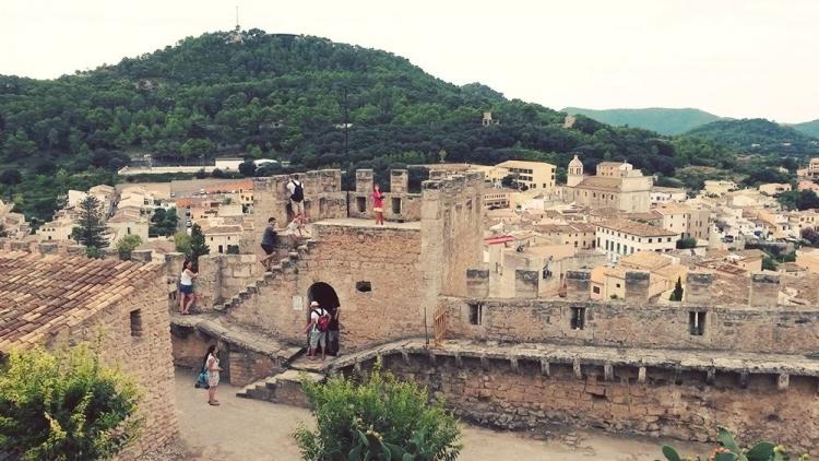 Mallorca-Capdepera-Aussicht-Touristen
