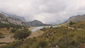 Mallorca-Cuber-Stausee-Wolken-Berge-300x169
