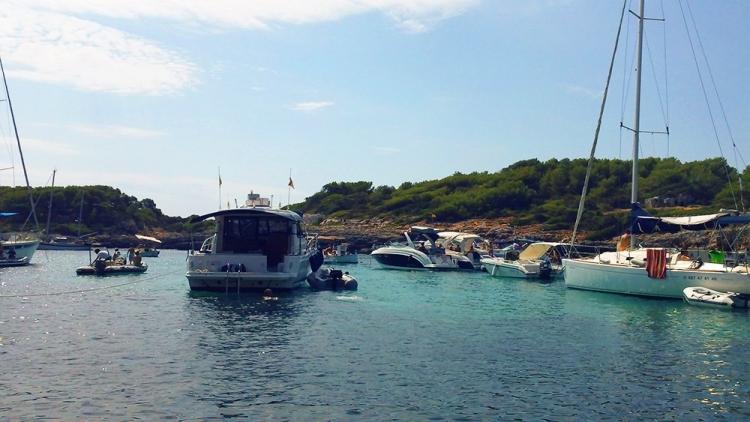 Mallorca-Boote-Bucht-Meer