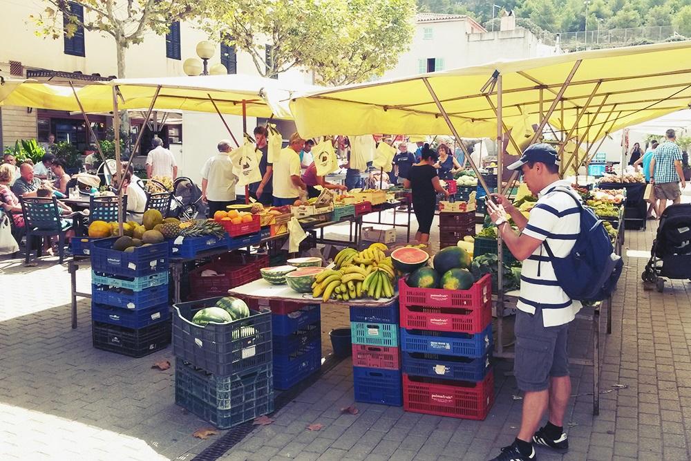 Capdepera-Markt-Menschen
