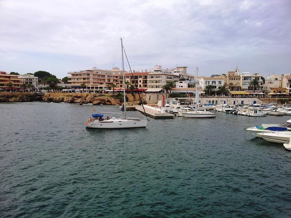 Cala-Ratjada-Hafen-Boote