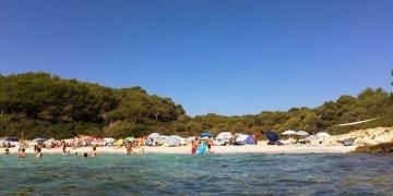 Cala-Varques-Meer-Strand-360x180