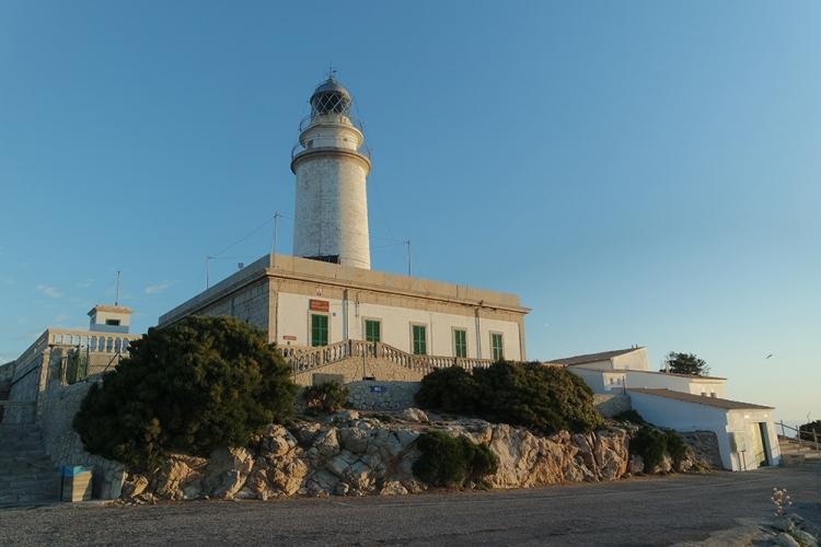 Cap-Formentor-Sonnenaufgang-Meer-Leuchtturm