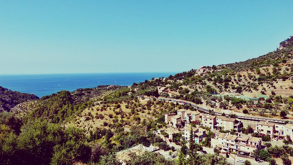 Mallorca-Deia-Friedhof-Ausblick-Meer