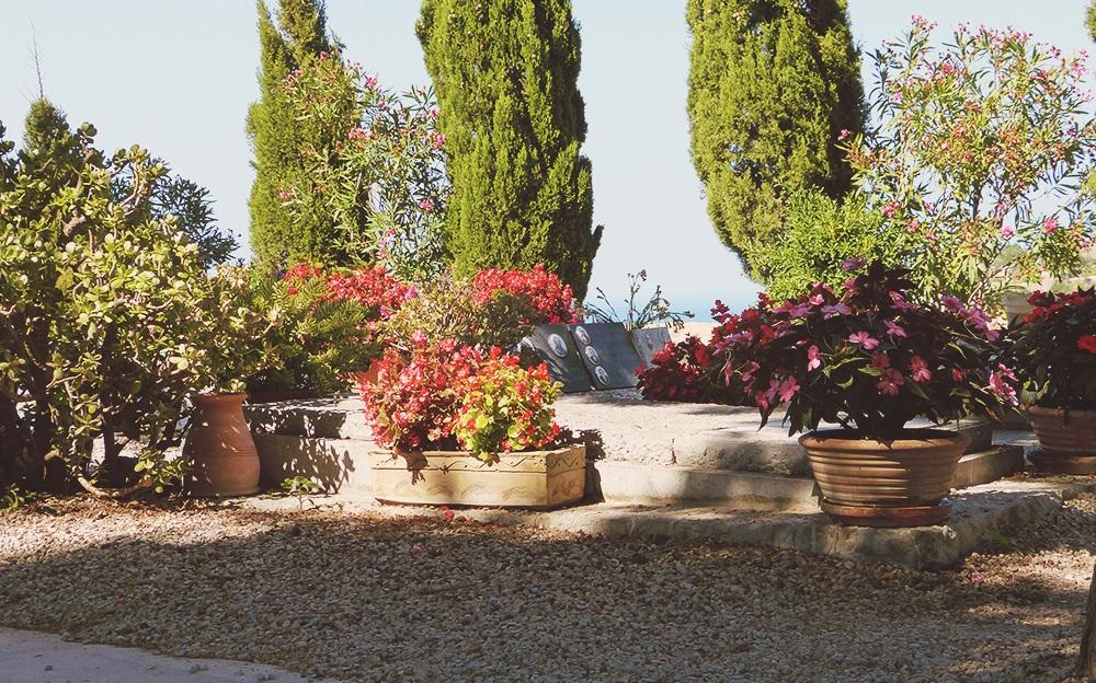Mallorca-Deia-Friedhof-Graeber-2