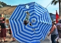 Mallorca-Port-de-Soller-Piratenfest-Schirm-Loch-120x86