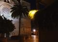Mallorca-Alcudia-Nacht-Gasse-Kirche-Palme-120x86