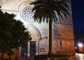 Mallorca-Alcudia-Nacht-Gasse-Kirche-Palme-2-120x86