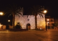 Mallorca-Alcudia-Nacht-Stadtmauer-Tor-120x86