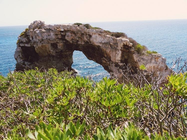 Mallorca-Cala-Santanyi-Es-Pontas-Felsen