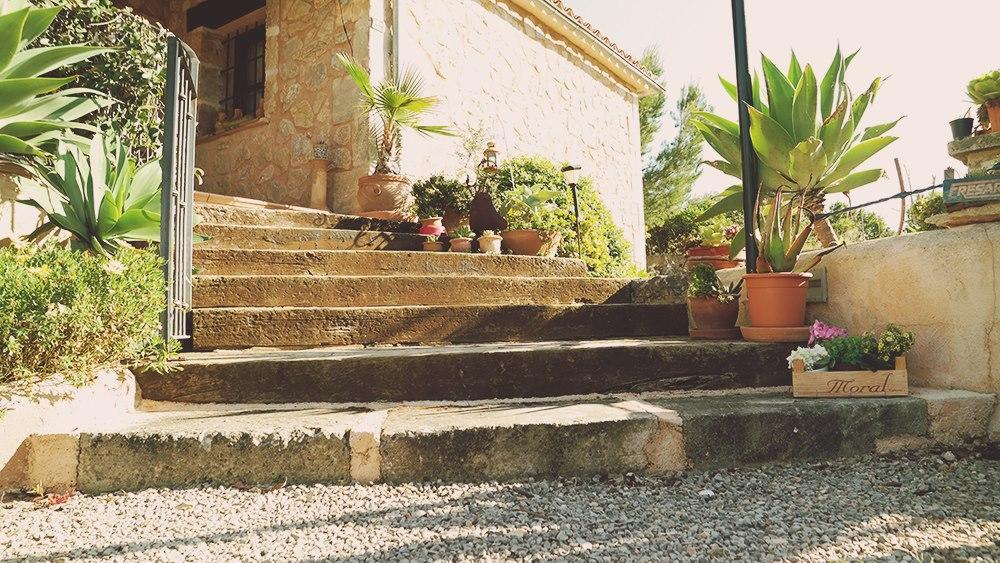 Mallorca-Finca-Petra-Treppenstufen