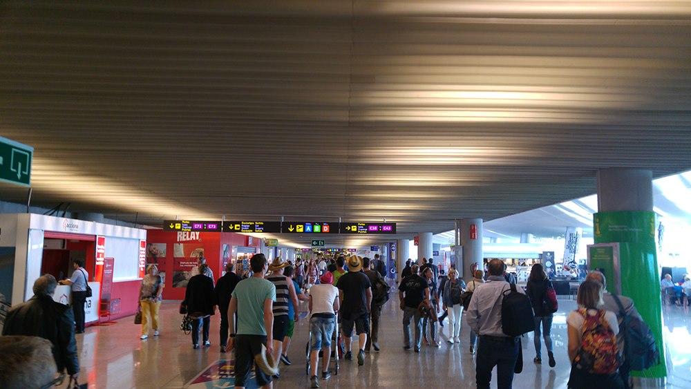 Mallorca-Flughafen-Ankunft