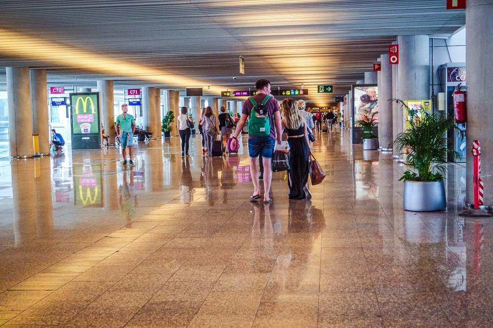 Mallorca-Flughafen-Palma-PMI-Terminal-C-2