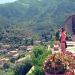 Mallorca-Deia-Friedhof-Ausblick-Besucher-Frau