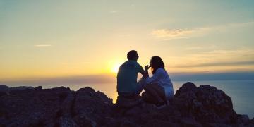 Mallorca-Cap-Formentor-Sonnenuntergang-Paar-360x180
