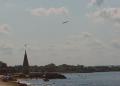 Mallorca-Palma-Portixol-Meer-Strand-Flugzeug-120x86