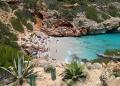 Mallorca-Calo-des-Moro-Strand-Meer-Menschen-Baden-120x86
