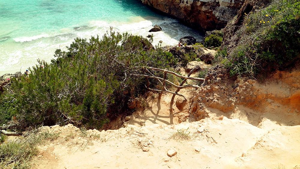 Mallorca-Calo-des-Moro-Strand-Weg-Abstieg