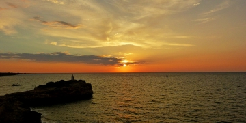 mallorca-porto-cristo-sonnenaufgang-leuchtturm-felsen-3