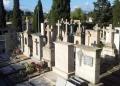 Mallorca-Palma-Friedhof-Ein-Teddy-als-letzter-Gruss-120x86