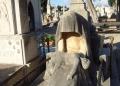 Mallorca-Palma-Friedhof-Eine-in-Stein-gehauene-Mutter-trauert-um-ihr-Kind-120x86