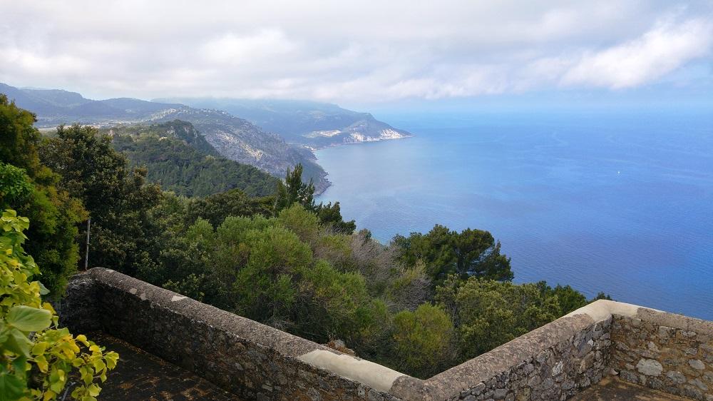 Mallorca-Ermita-de-la-Trinitat-Ausblick-Terrasse