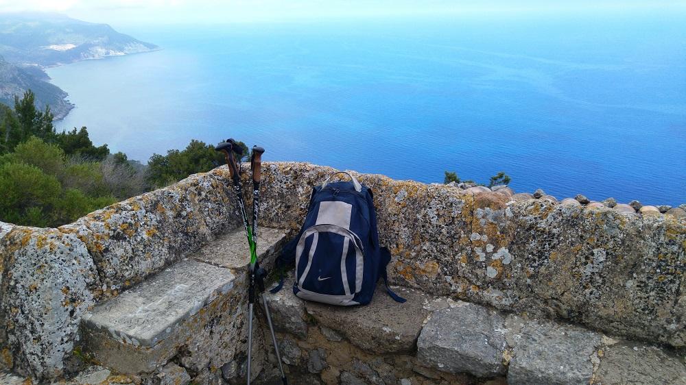 Mallorca-Ermita-de-la-Trinitat-Aussicht-Rucksack