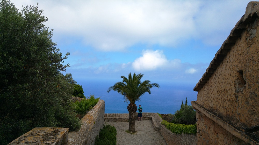 Mallorca-Ermita-de-la-Trinitat-Terrasse