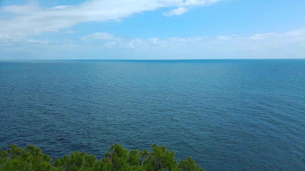 Mallorca-Costa-de-los-Pinos-Liebesschloesser-Ausblick-Boot-2