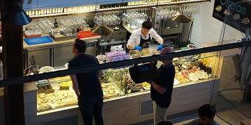 Mallorca-Palma-Markthalle-Mercado-Gastronomico-San-Juan-Auswahl