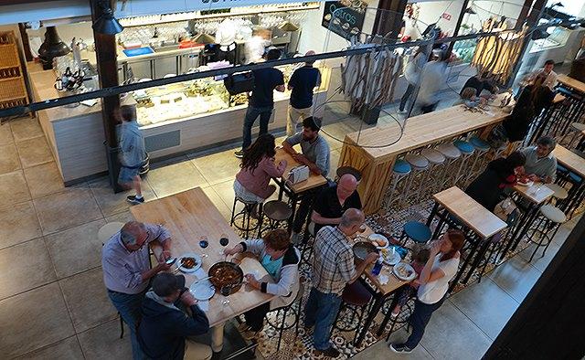 Mallorca-Palma-Markthalle-Mercado-Gastronomico-San-Juan-Gaeste