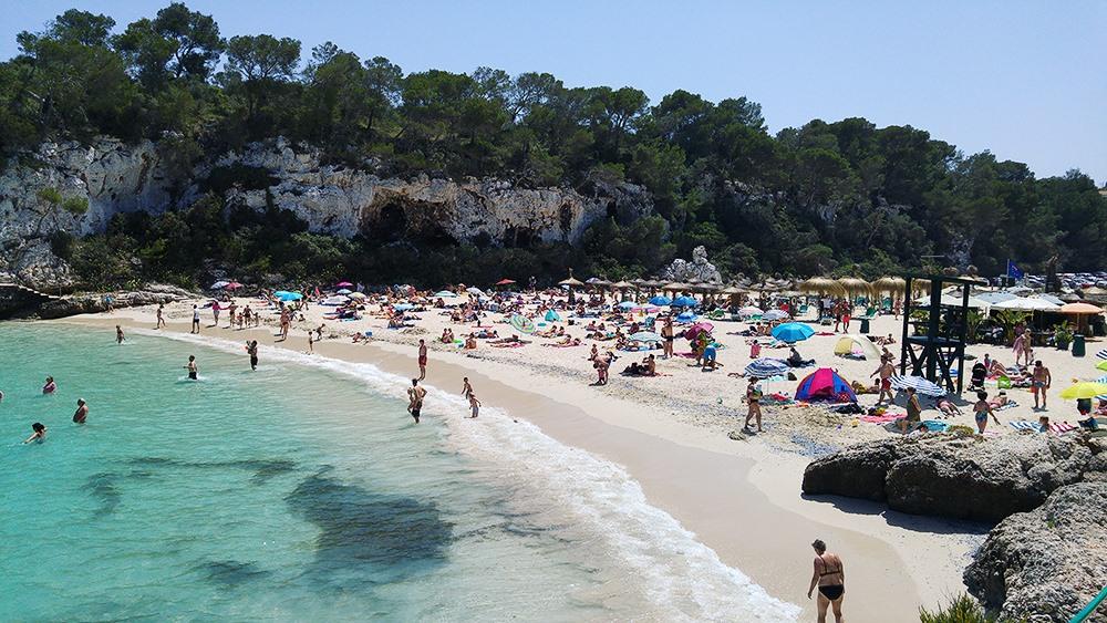 Mallorca-Cala-Llombards-Strand-Menschen-Meer-2
