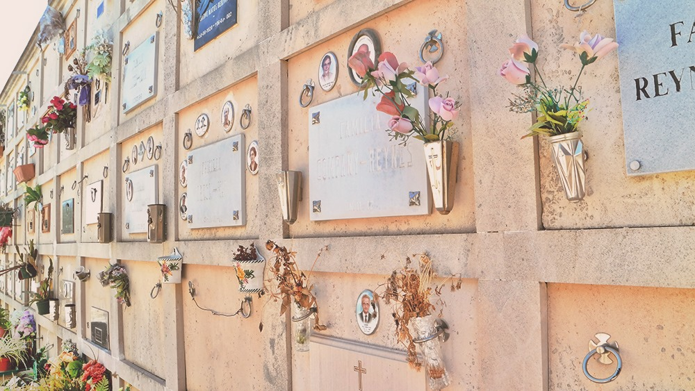 Mallorca-Alaro-Friedhof-Friedhof-Mauer