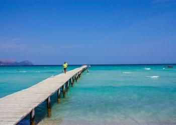 Steg an der Playa de Muro