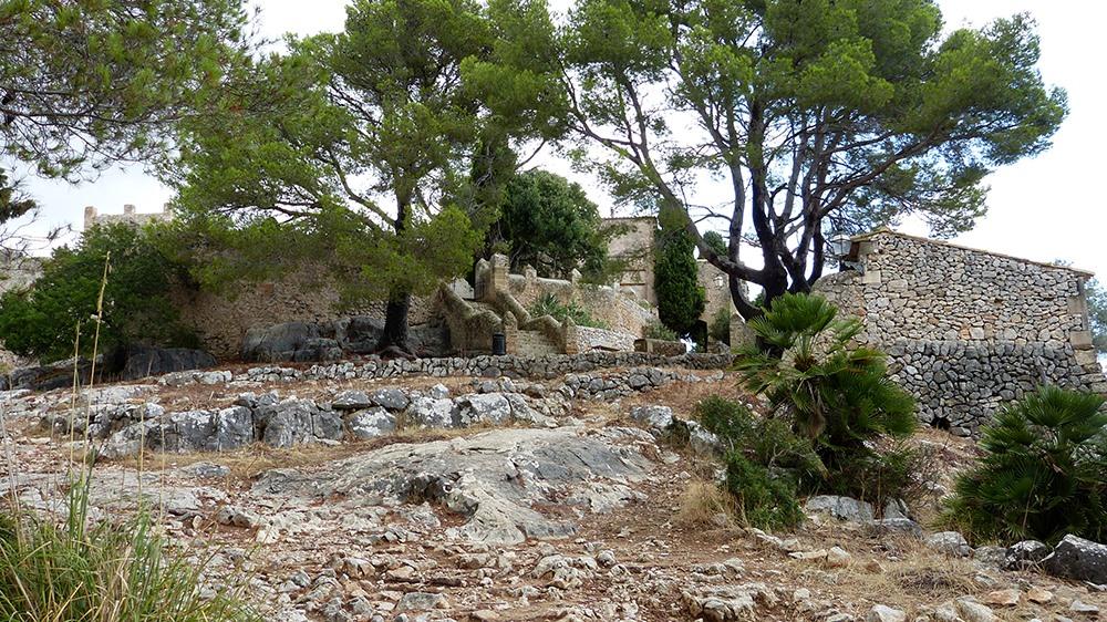 Mallorca-Puig-de-Maria-Wanderung-Kloster-2