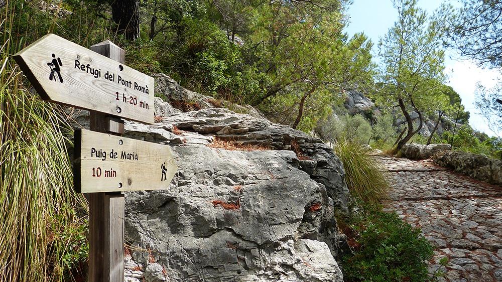 Mallorca-Puig-de-Maria-Wanderung-Schilder