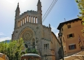 Mallorca-Soller-St-Bartholomaeus-Plaza-Constitucion-Roter-Blitz-120x86