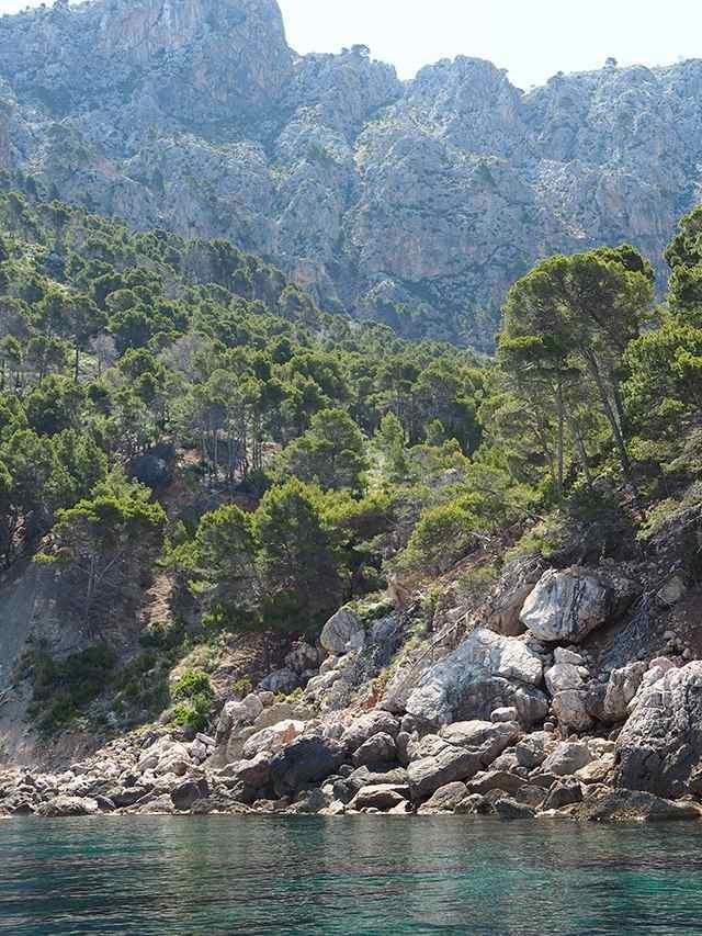 Mallorca-Felsen-Boot-Meer