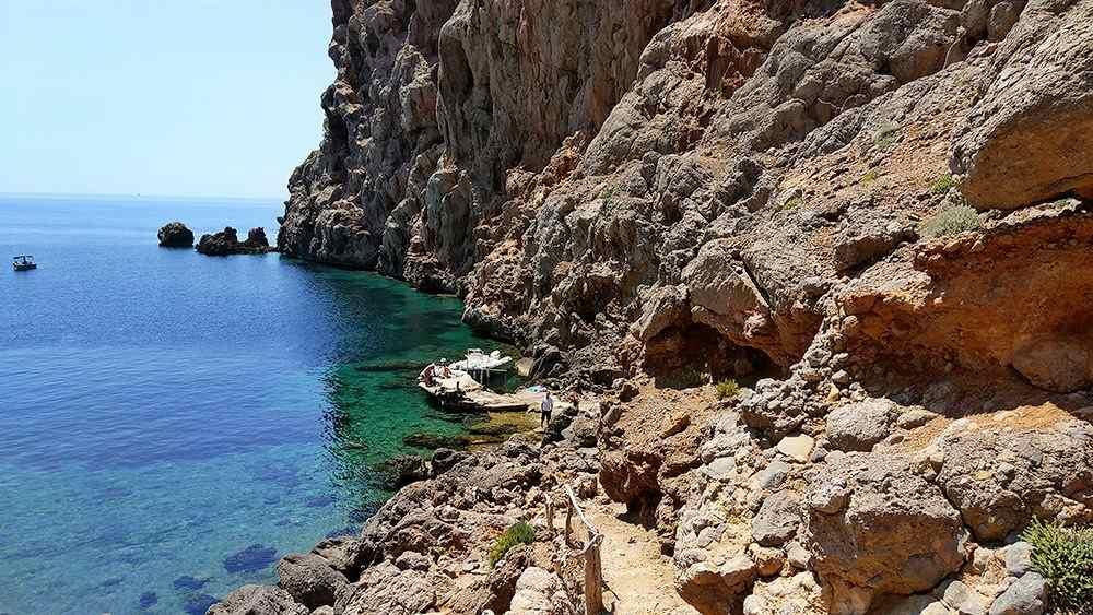 Mallorca-Sa-Foradada-Wanderung-Bucht-Steg