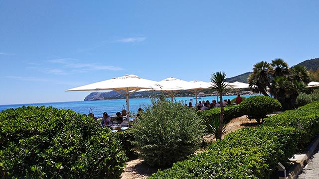 Mallorca-Restaurant-Cala-Ratjada-Marea-Tropical-Ausblick-Terrasse-Meer-2
